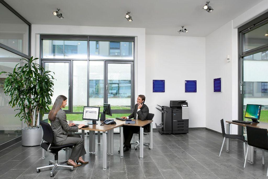 Konica Minolta представила цветное МФУ формата А3