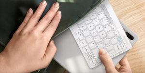 Samsung представляет беспроводную клавиатуру Smart Keyboard Trio 500