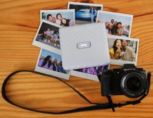 FUJIFILM: новый принтер для смартфонов Instax Link WIDE